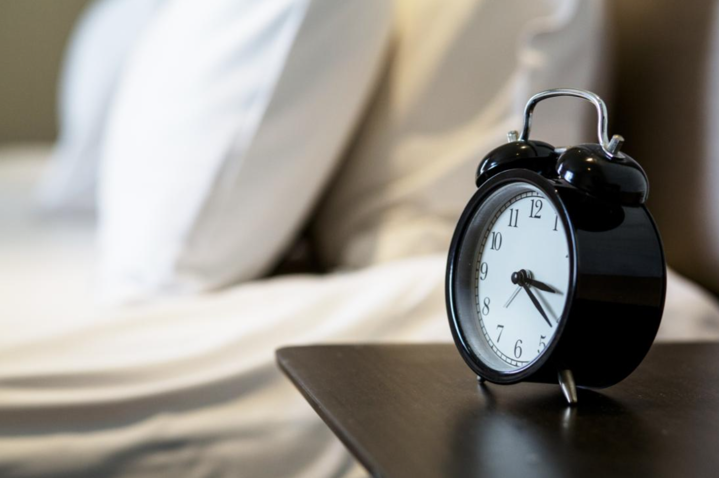 Why a Regular Bedtime May Benefit Your Heart and Metabolism