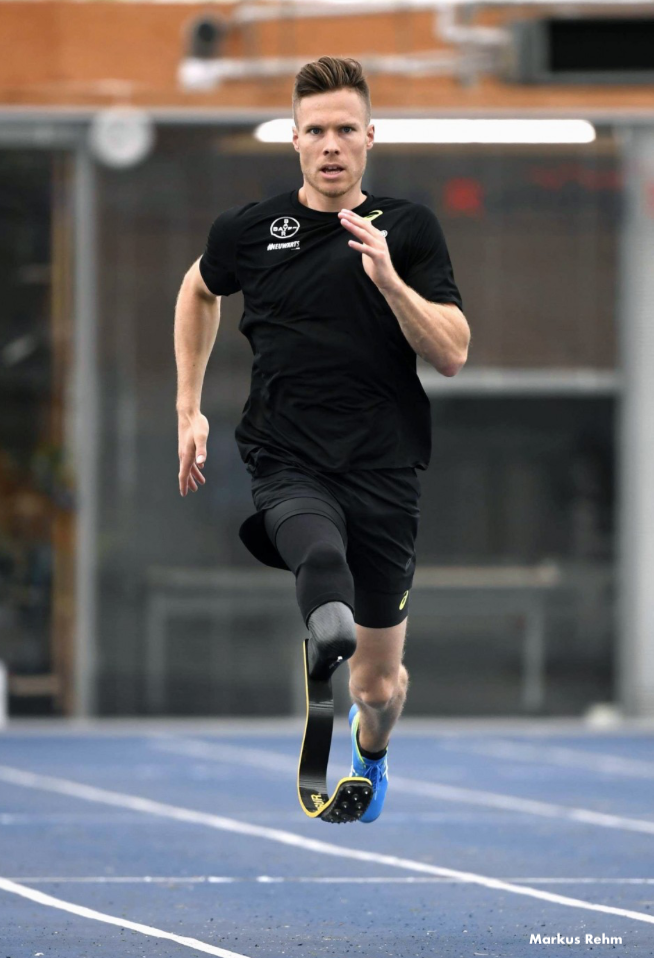 Paralympic Athlete Wants to Compete with Able-bodied Athletes